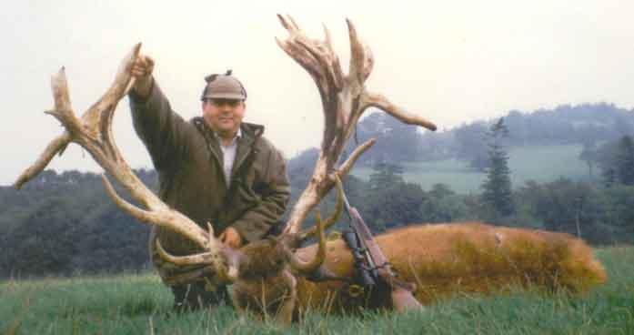 Red stag hunting in England with English Hunting Safaris.